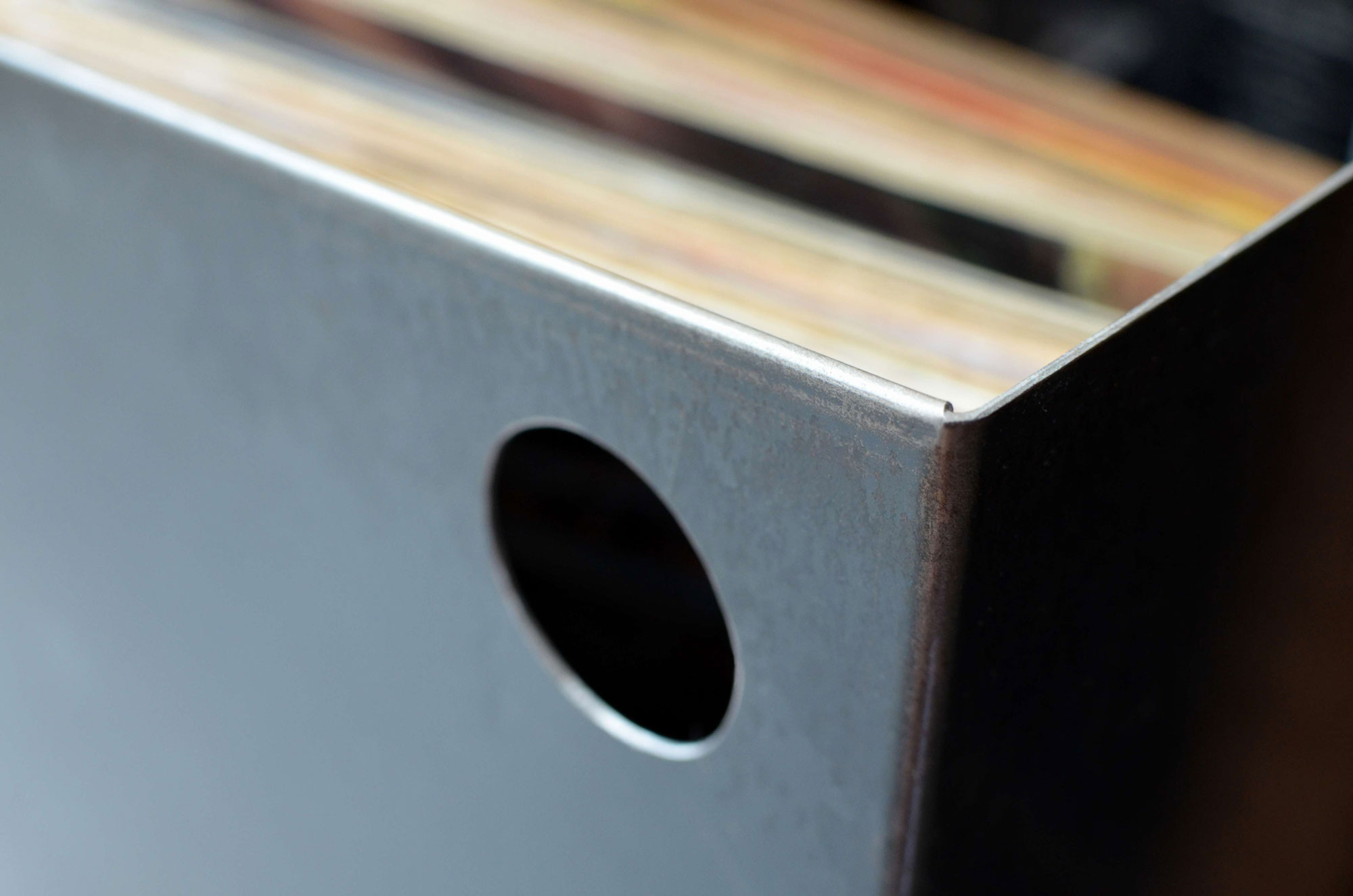 meuble platine vinyl fashion designs. Black Bedroom Furniture Sets. Home Design Ideas