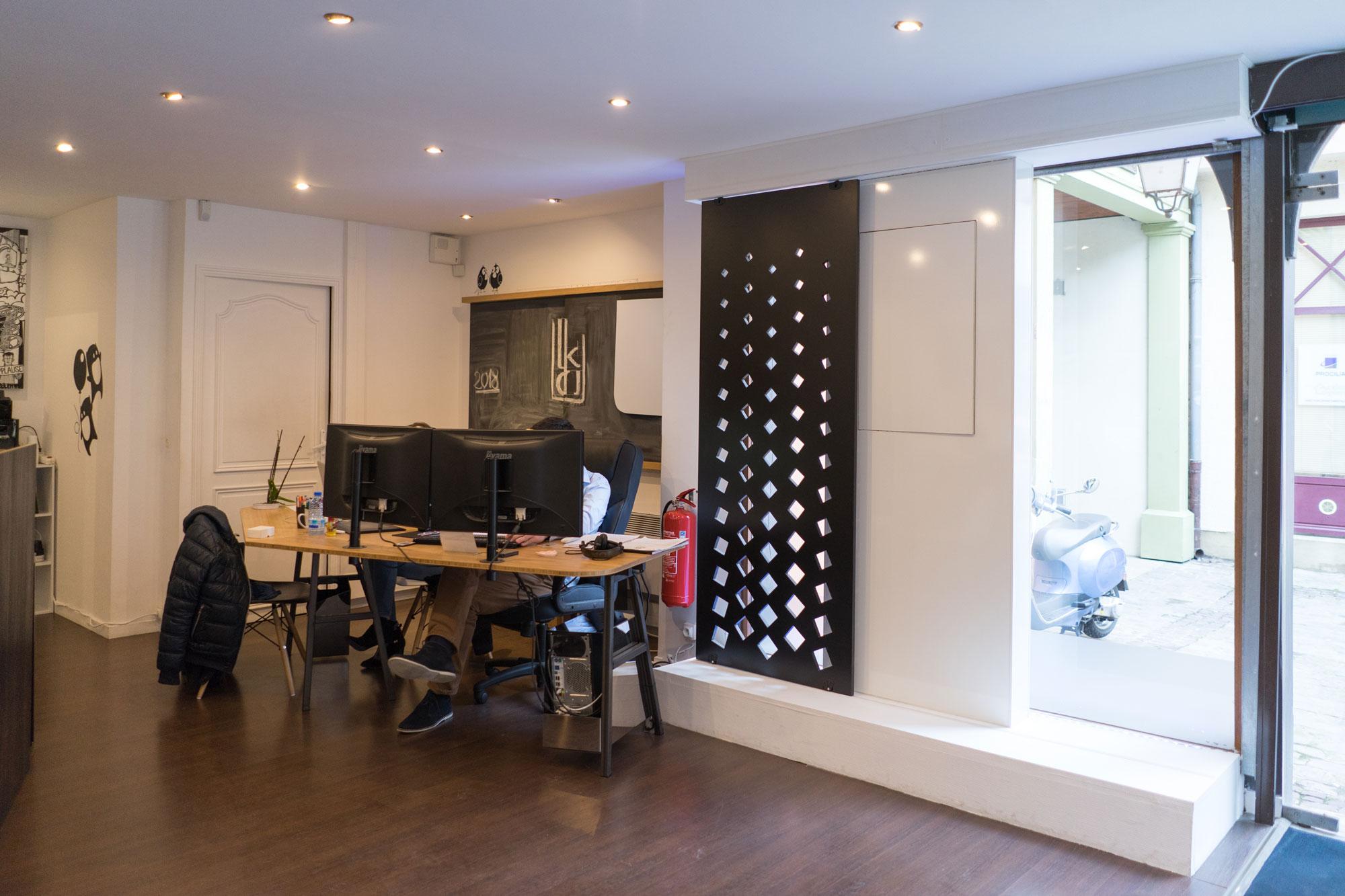 bb 02 xl bureau baru design. Black Bedroom Furniture Sets. Home Design Ideas