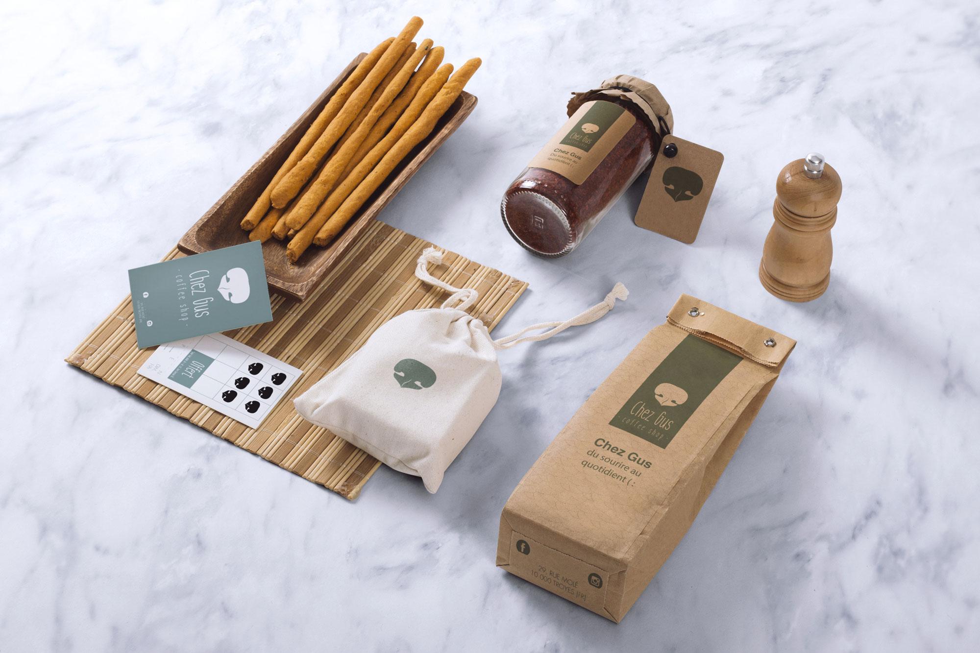 CHEZ GUS / Coffee Shop